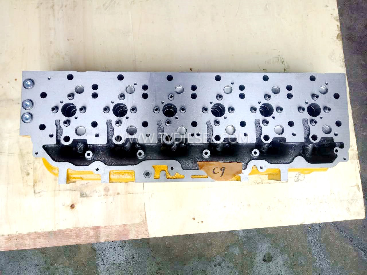 Caterpillar C9 Cylinder Head