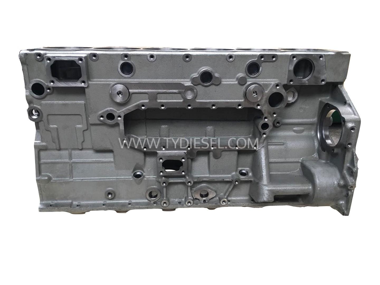 Komatsu 6D125-6 Cylinder Block